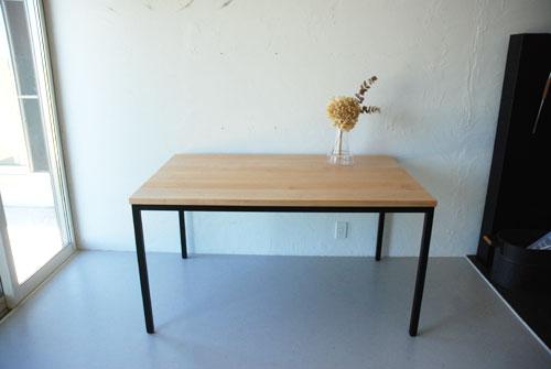 分割できる無垢の木とアイアン脚の丈夫なミーティングテーブル  3040イメージ-6