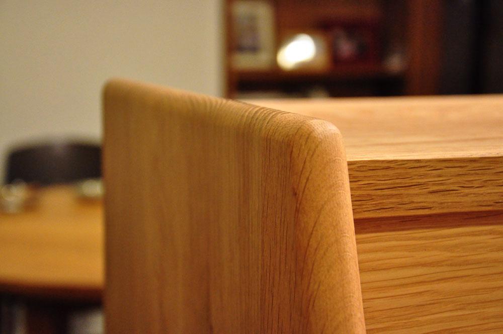 ダイニングとキッチンの間の壁にもなる、両面から取り出せるアイランド型の食器棚 5078イメージ-8