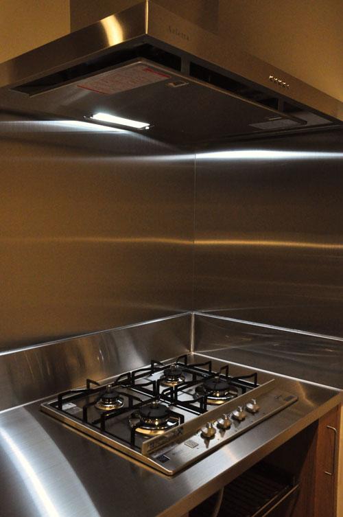 フレームキッチンに食洗機と引出し4段と調味料ワイヤーラックを追加。5077イメージ-9