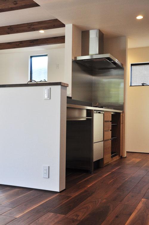 フレームキッチンに食洗機と引出し4段と調味料ワイヤーラックを追加。5077イメージ-2