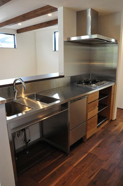 フレームキッチンに食洗機と引出し4段と調味料ワイヤーラックを追加。5077イメージ-1