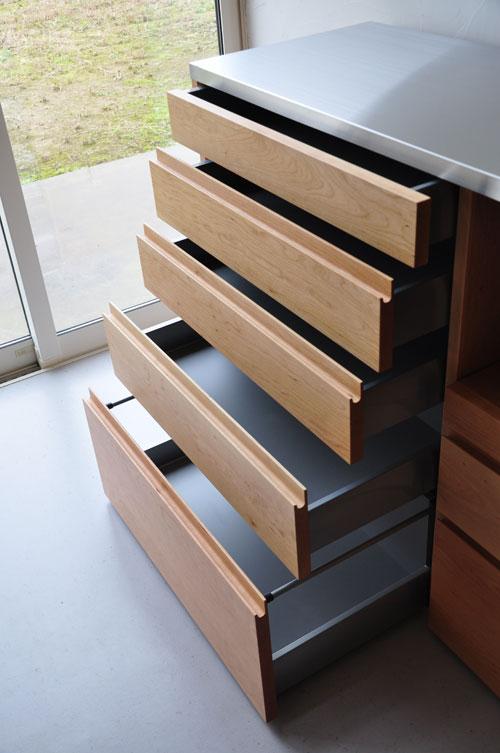 5段引出しと炊飯器置き場スライド引き出し棚のある背が高めのキッチンボード 5080イメージ-4