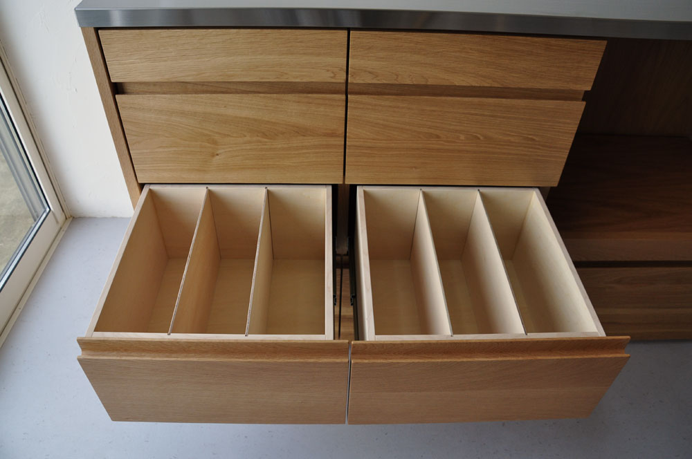 皿を縦置き収納できる、仕切板たくさんの引出しカップボード 5082イメージ-4