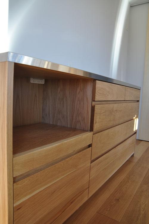 無印良品の家との相性もいいステンレス天板とオークのキッチンボード 5081イメージ-7
