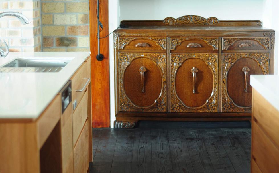 クォーツストーン天板の2型キッチン シンクとコンロをセパレート 5088