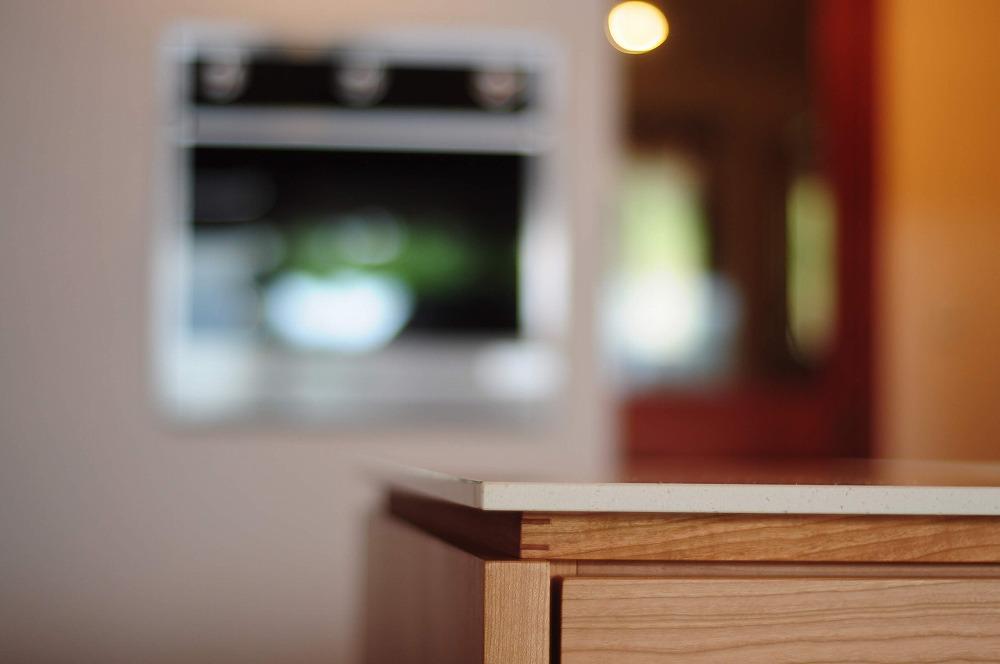 クォーツストーン天板の2型キッチン シンクとコンロをセパレート 5088イメージ-19