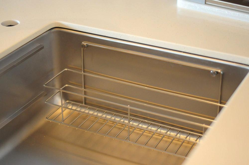 クォーツストーン天板の2型キッチン シンクとコンロをセパレート 5088イメージ-9