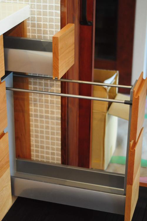 クォーツストーン天板の2型キッチン シンクとコンロをセパレート 5088イメージ-17