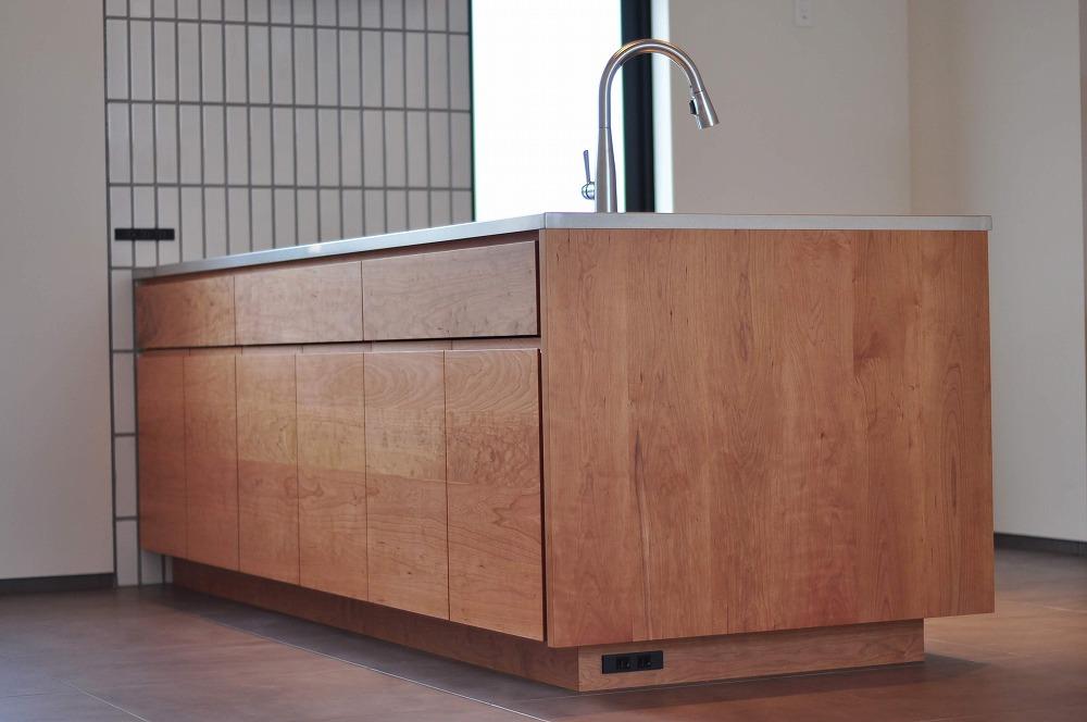 IHとガス併用のハイブリッドコンロのあるフロートタイプのキッチン 5089イメージ-12