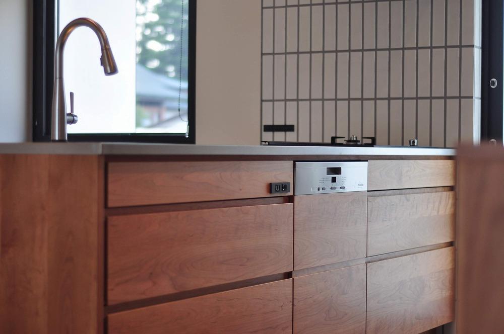 IHとガス併用のハイブリッドコンロのあるフロートタイプのキッチン 5089イメージ-8