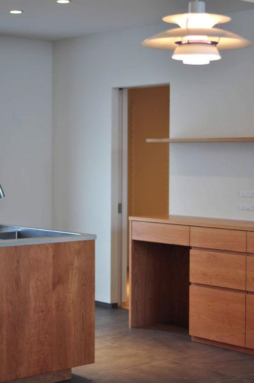 IHとガス併用のハイブリッドコンロのあるフロートタイプのキッチン 5089イメージ-13
