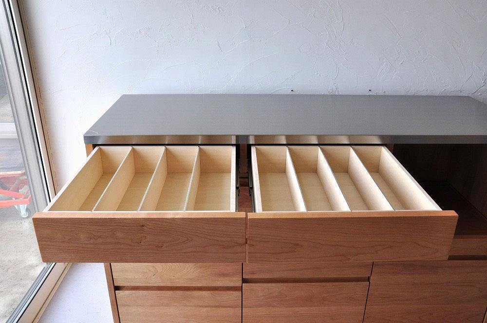 引出収納の高さも幅も全部オリジナルサイズのキッチンボード 5093イメージ-3