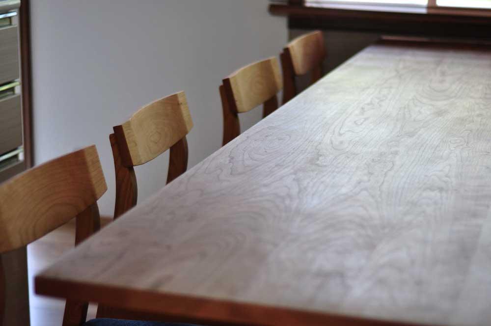 キッチンと同じW2550の作業台兼カウンター収納を無垢材天板で 5100イメージ-3